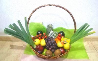 Marely Ferrera Moraté ganadora de la Cesta de Frutas Saludable sorteada en Cross MAE Fitness